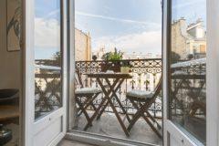 #EXCLUSIVITE# - EXCLUSIVITÉ - PARIS 18- Superbe studio avec balcon avec vue dégagée sur les toits de Paris.