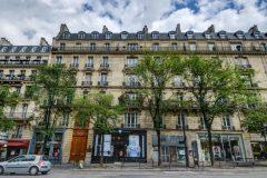 Idéale location saisonnière  -studette vendue meublée et équipée refaite à neuf - 7 m2 carrez-  avenue de wagram paris