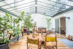 Rue chaptal - rare à levallois  comme une maison sur 3 niveaux avec jardin  d'hiver