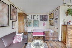 Superbe studio avec balcon a 150 metres des buttes chaumont